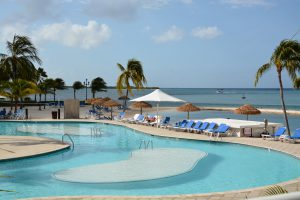 Renaissance Hotel Pool Aruba - Flamingo beach aruba