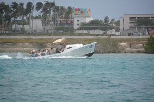 water taxi - flamingo beach aruba